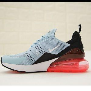 Nike 270s